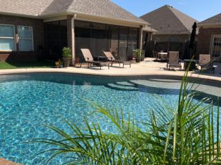eco-friendly-pool